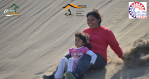Responsabilidad Social_ Sand sledding y sandboarding con niños locales en Ancón, ZRLA (5)